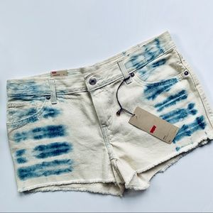 Levi's | Two Toned Cut Off Shorts sz 9